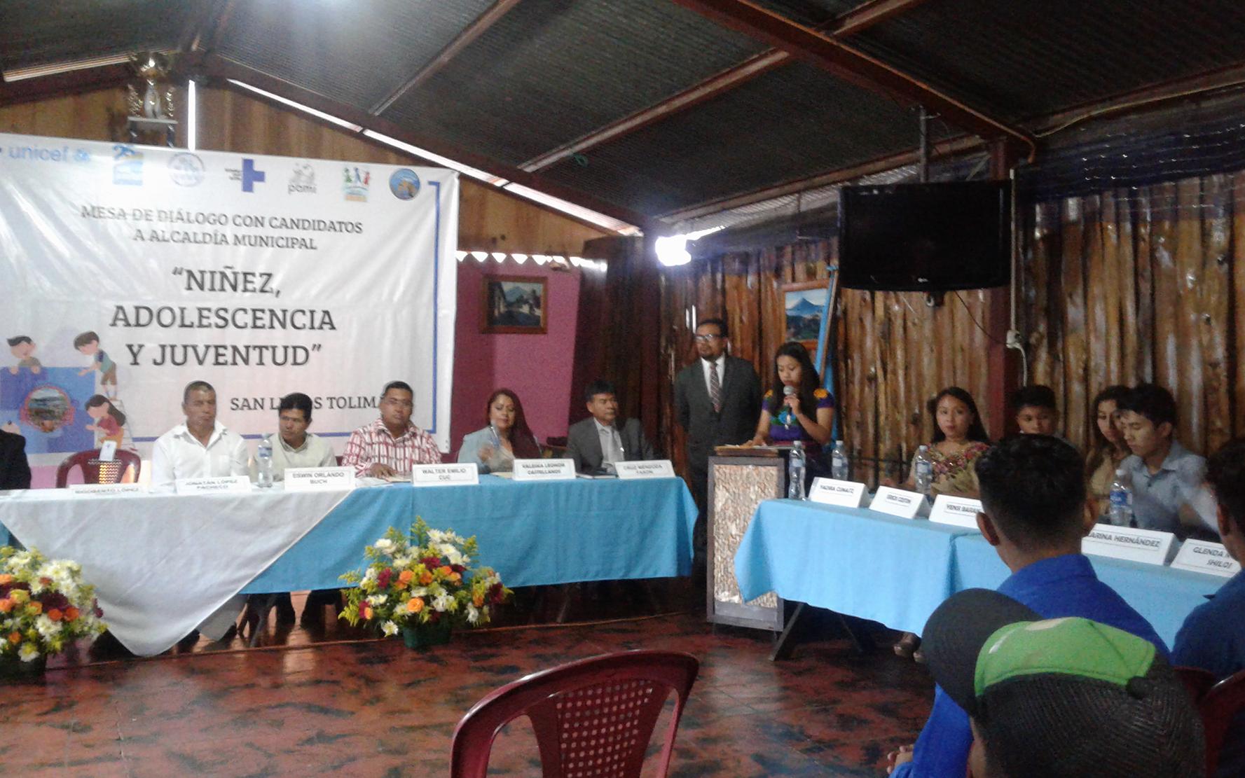 Candidatos a la alcaldía municipal de San Lucas Toliman, Sololá, firman compromiso con niñez, adolescencia y juventud