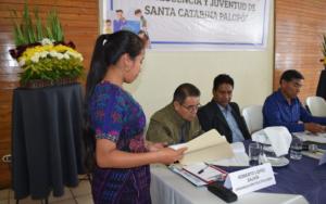 Mesa de diálogo por la niñez, adolescencia y juventud con candidatos a la alcaldía de Santa Catarina Palopó