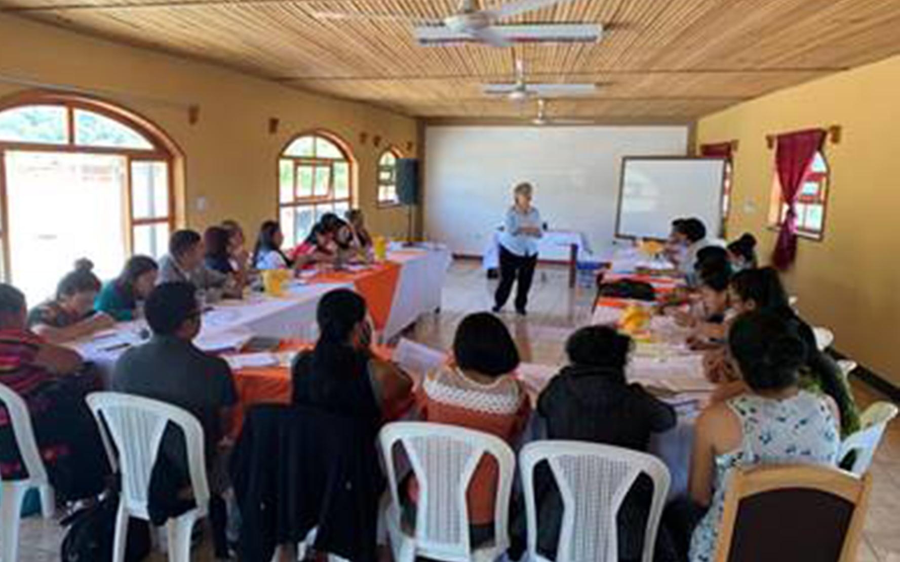 Avances en el Diplomado de Gestión e Intervención para la Primera Infancia en Panajachel, Sololá