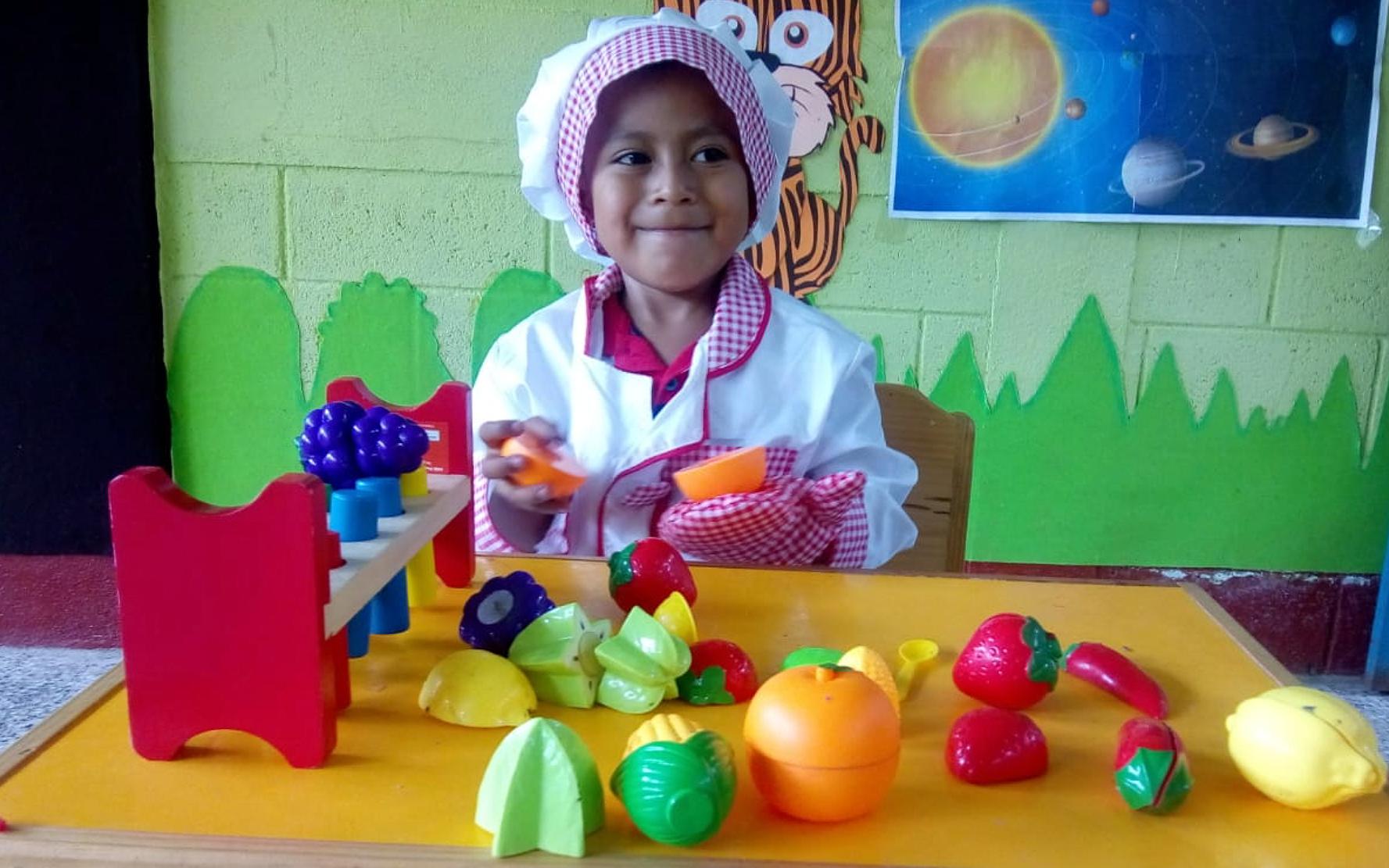 Comer, jugar, amar, derechos pendientes para la primera infancia