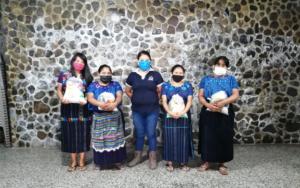 CDI Semilla hace entrega de insumos de nutrición a madres de familia, en San Antonio Palopó