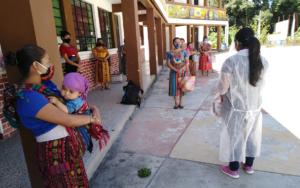 En San Andrés Semetabaj, Sololá, PAMI realizó la tercera y cuarta entrega de bolsas de ayuda humanitaria