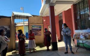 PAMI realiza entrega de bolsas de alimentos para madres de niños de primera infancia, en Panajachel