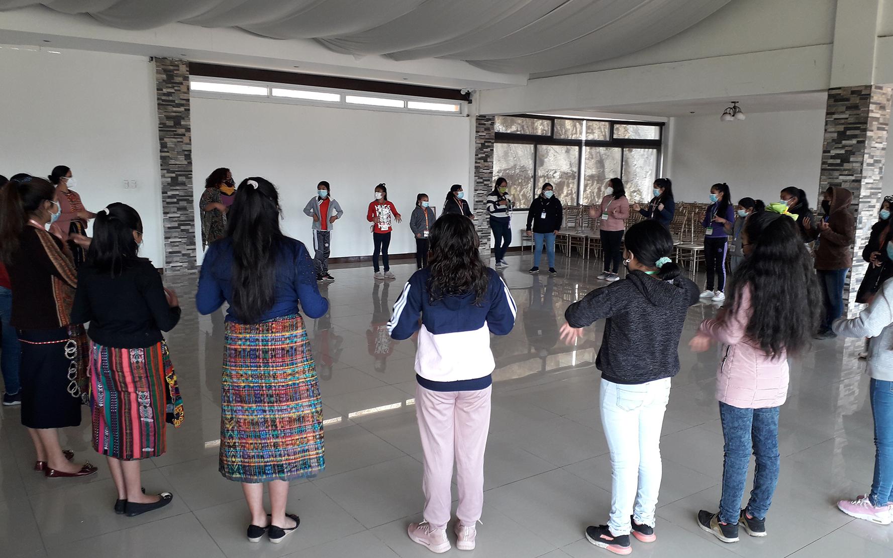 Niñas de Quetzaltenango comparten y fortalecen conocimientos en proceso de formación intermunicipal