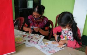 En Santa Cruz La Laguna y San Andrés Semetabaj, Sololá, madres guías reciben formación para replicar conocimientos sobre salud emocional en la primera infancia